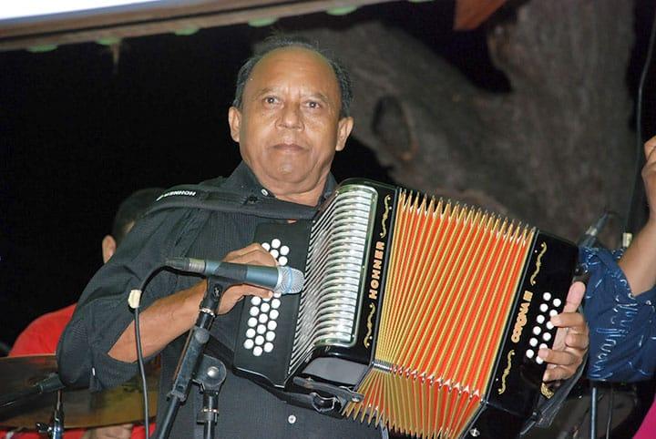 """CHEMA-RAMOS Rey Vallenato anuncia """"Clasico de Clasicos"""""""