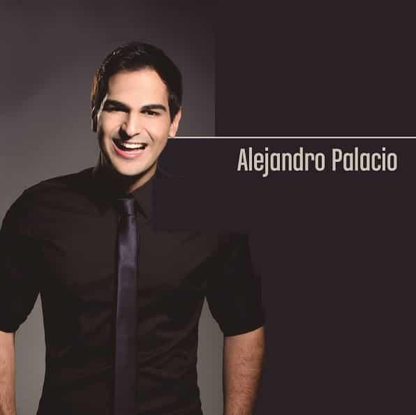 Alejandro Palacio le da la bienvenida a Pepín Camacho su nuevo Manager General