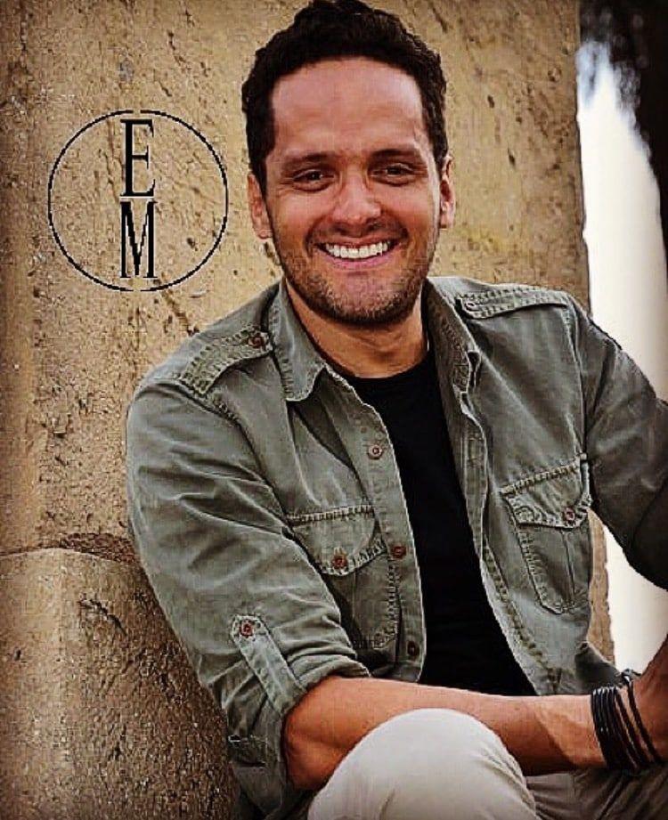 Cabañuelas de Amor Ernesto Mendoza