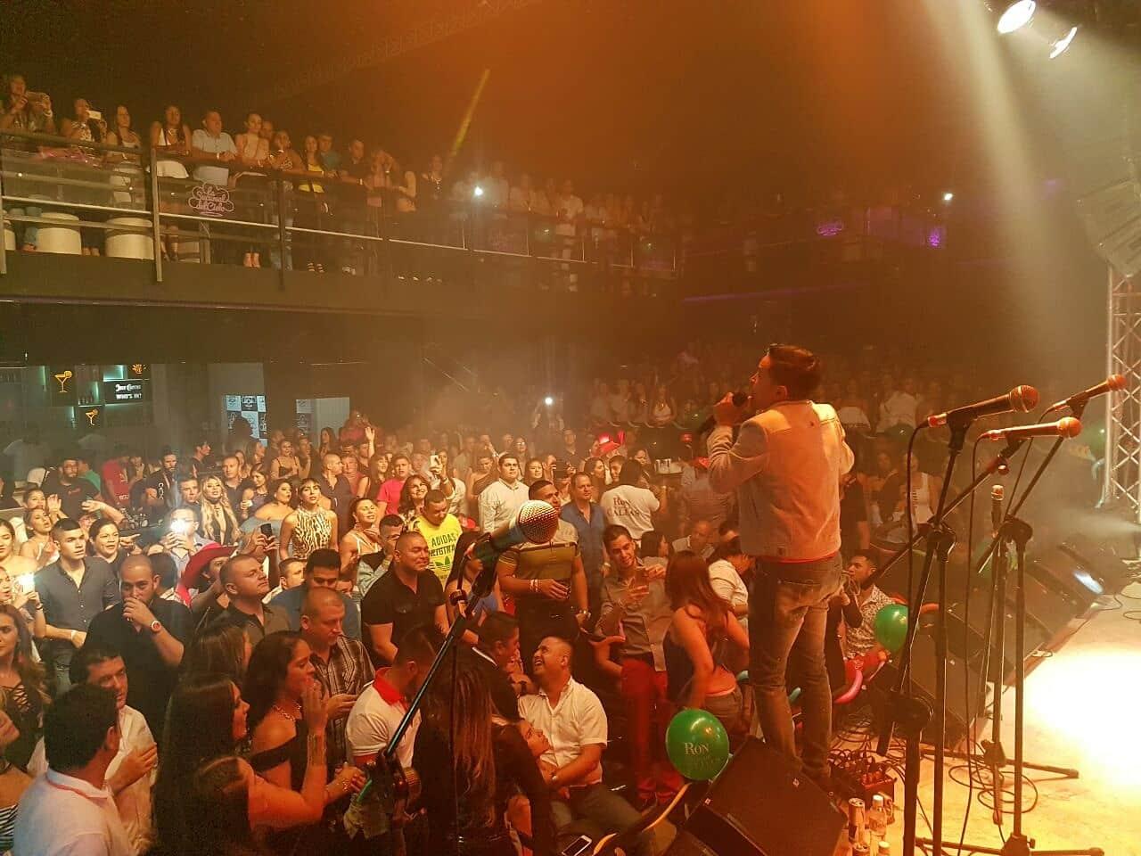 Lleno total de Jorge Celedón en la discoteca La Sucursal del Cielo en Cali