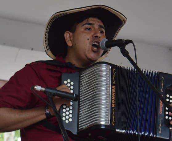 Oswaldo Valdés, Rey Profesional del XIX Festival Voz de Acordeones de Monterrey - México