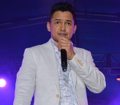 Jorge Celedón en concierto benéfico por los niños de Santa Marta con la campaña el Colegiotón