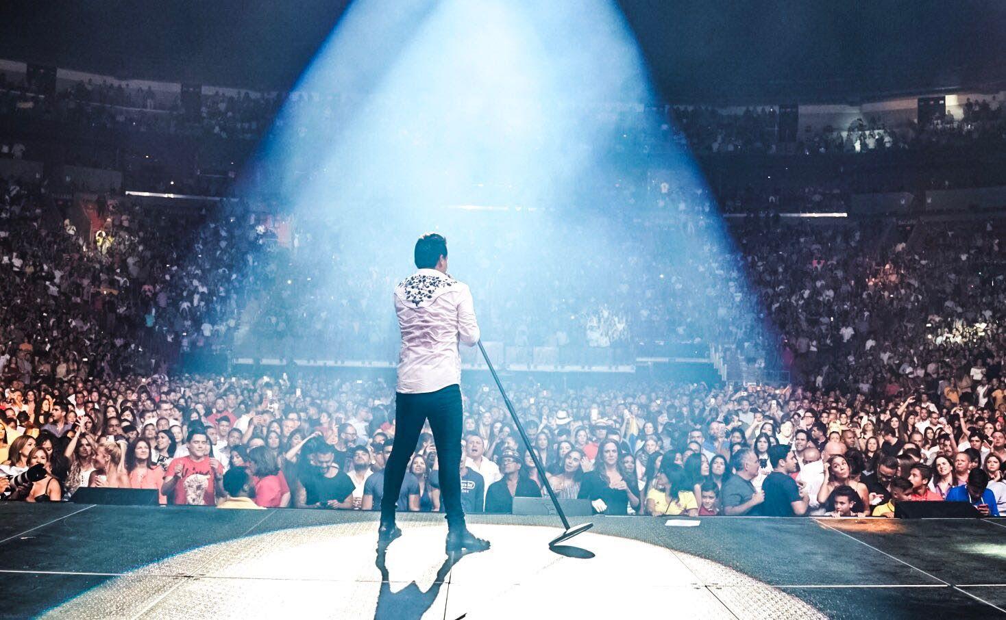 Silvestre Dangond Caliente Tour USA